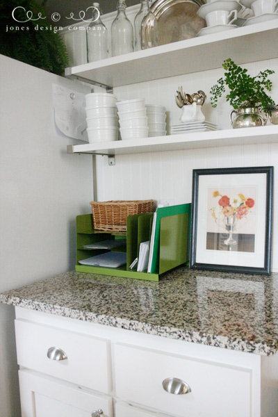 organize-the-kitchen-counter