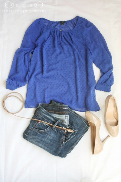 blue-swiss-dot-shirt-jeans